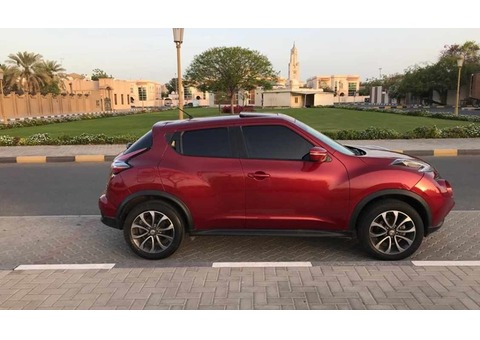 Nissan Juke / As new / Sunroof / Lady D