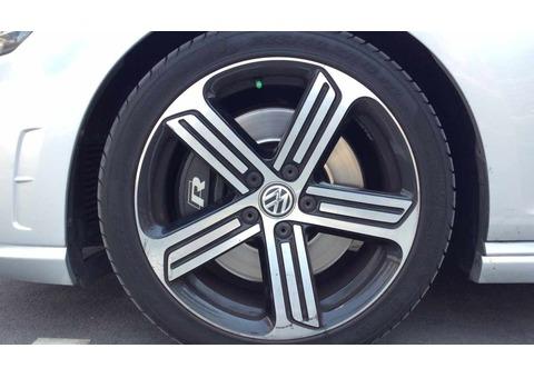 2015 Volkswagen Golf R