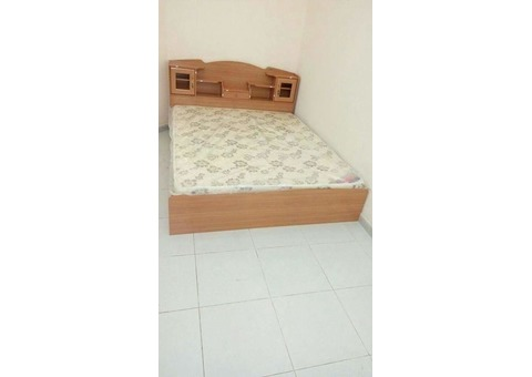 Selling Brand new Bed set