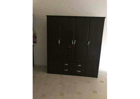 we are selling brand new furniture 0588648305