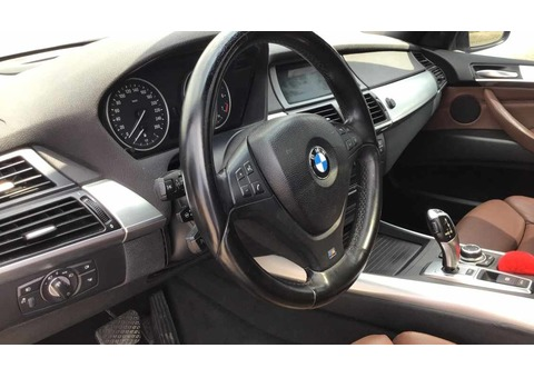 2011 BMW X5 50i XDrive MKit