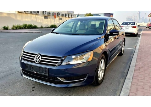 VW PASSAT 2013 (ACCIDENT FREE WELL MAINTAINED CLEAN AND NEAT)