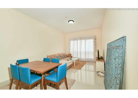 Live By The Sea - Well Designed Layout - Remarkable Views