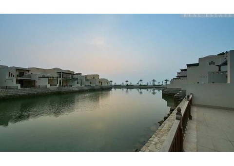 Stunning Sea Views, Beach Location, Fully Furnished