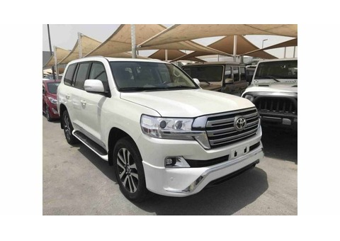 2018Toyota land cruiser in very good condition