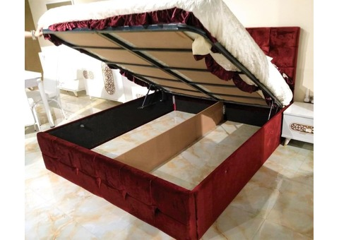 BED with HYDRAULIC STORAGE