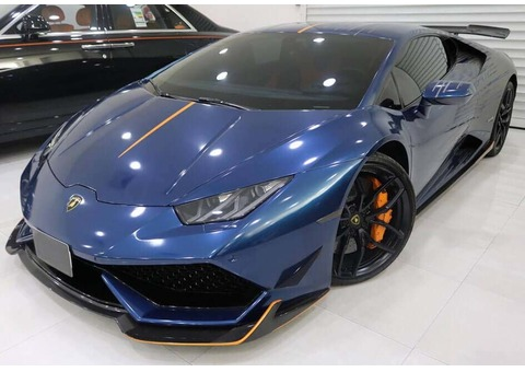 Get Lamborghini Huracan for Rent in Dubai