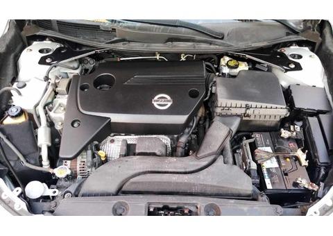 Nissan Altima 2014 Mid Option