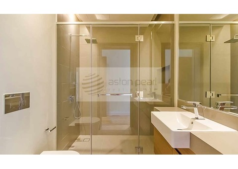 Large 2BR | Low Floor | Burj Khalifa View