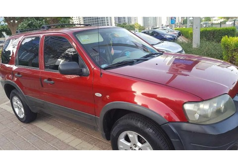 Ford Escape 2007 - Automatic (RED) AED 11,000