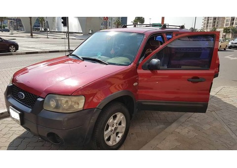 Ford Escape 2007 - Automatic (RED) KM 178,720 |Price: AED 11,000|
