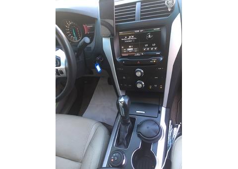 2014, Ford Explorer XLT, 4X4, AWD