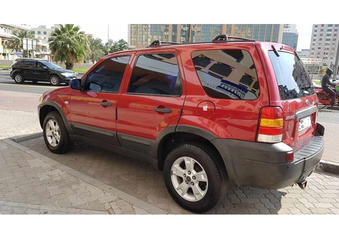 URGENT SALE: Ford Escape 2007 - Automatic (RED) AED 9,000