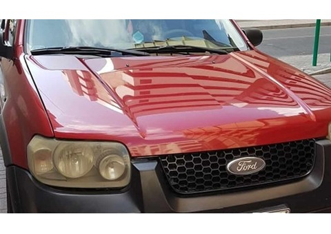 URGENT SALE Ford Escape 2007 - Automatic (RED) AED 9,000