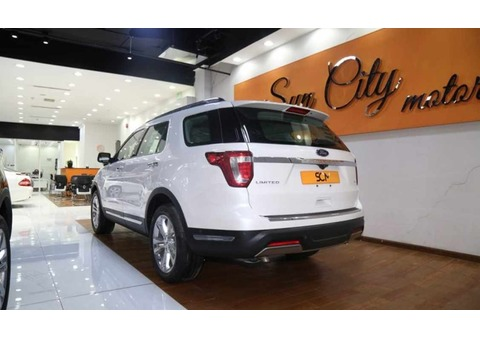 FORD EXPLORER LIMITED 4WD (White)