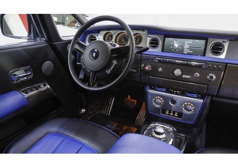 ROLLS ROYCE PHANTOM COUPE 2017 (Blue)