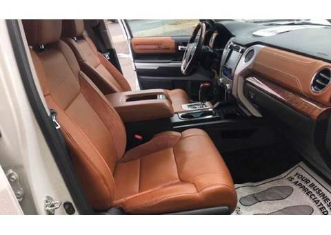 Toyota Land Cruiser for sale Hilx whataspp+971561262708