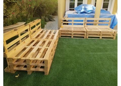 wooden pallets seats-0555450341