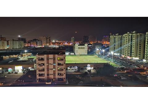 2 BHK in Horizon Tower B with stadium view