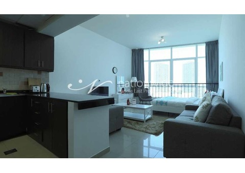 Vacant! Furnished Studio w/ 4 chqs or Monthly
