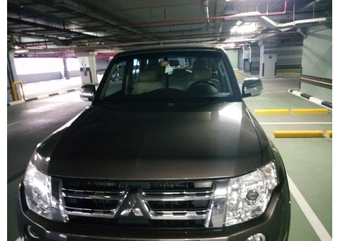 Mitsubishi Pajero 2014 model , 60,000 Kms First Owner Excellent Condition , Full service History.