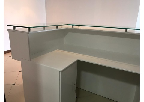 Bar stand/reception desk