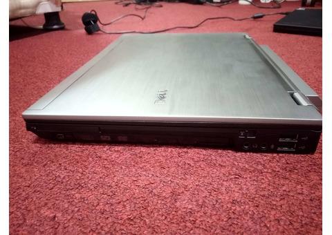 Dell Latitude E6410 i7, 4 GB RAM, 320 HDD