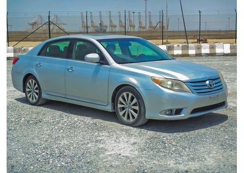 Toyota Avalon full option 2011 silver colour for sale