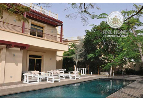 Luxurious and Lush Green Villa, Private Pool