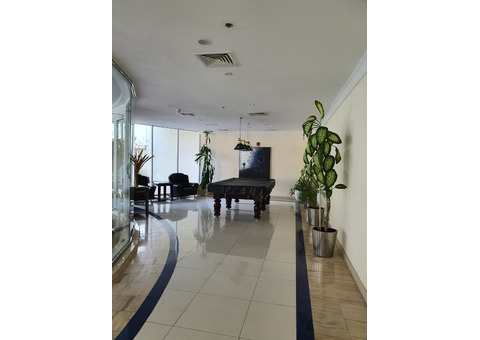 Ensuite furnished room in 2 bedroom apt in Dubai marina. Friendly stay