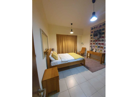 Specious Bed Space in Satwa +971551153486 ( 500 to 600 )