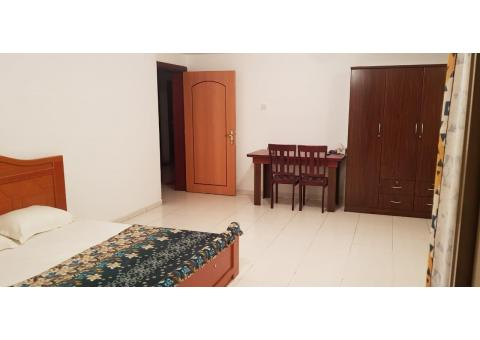 Big spacious family room available for sharing