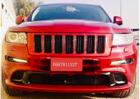 Jeep SRT8 Maron metallic GCC 2012 for sale