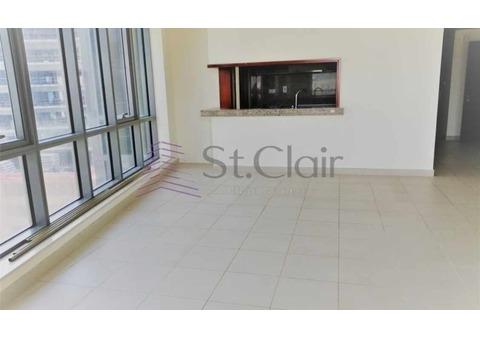 Big Living Room Bright 2 Beds + Storage| Mid Floor
