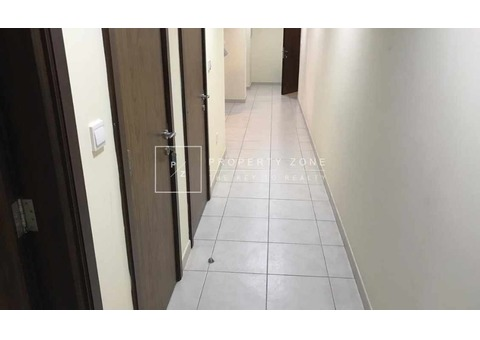 Burj Khalifa View ISemi Furnished 1BR Vacant